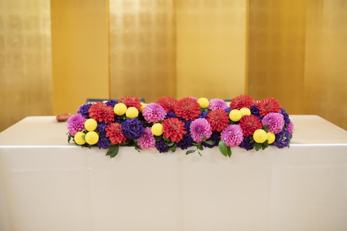 メインテーブルの装花はおふたりのイメージ通りにお造りいたします