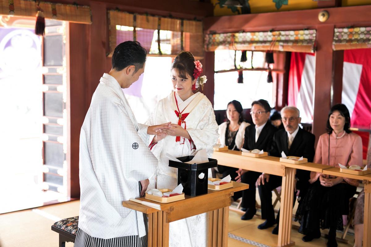 【提携神社:浅草神社】陽射し差し込む社殿で厳かな神前式を