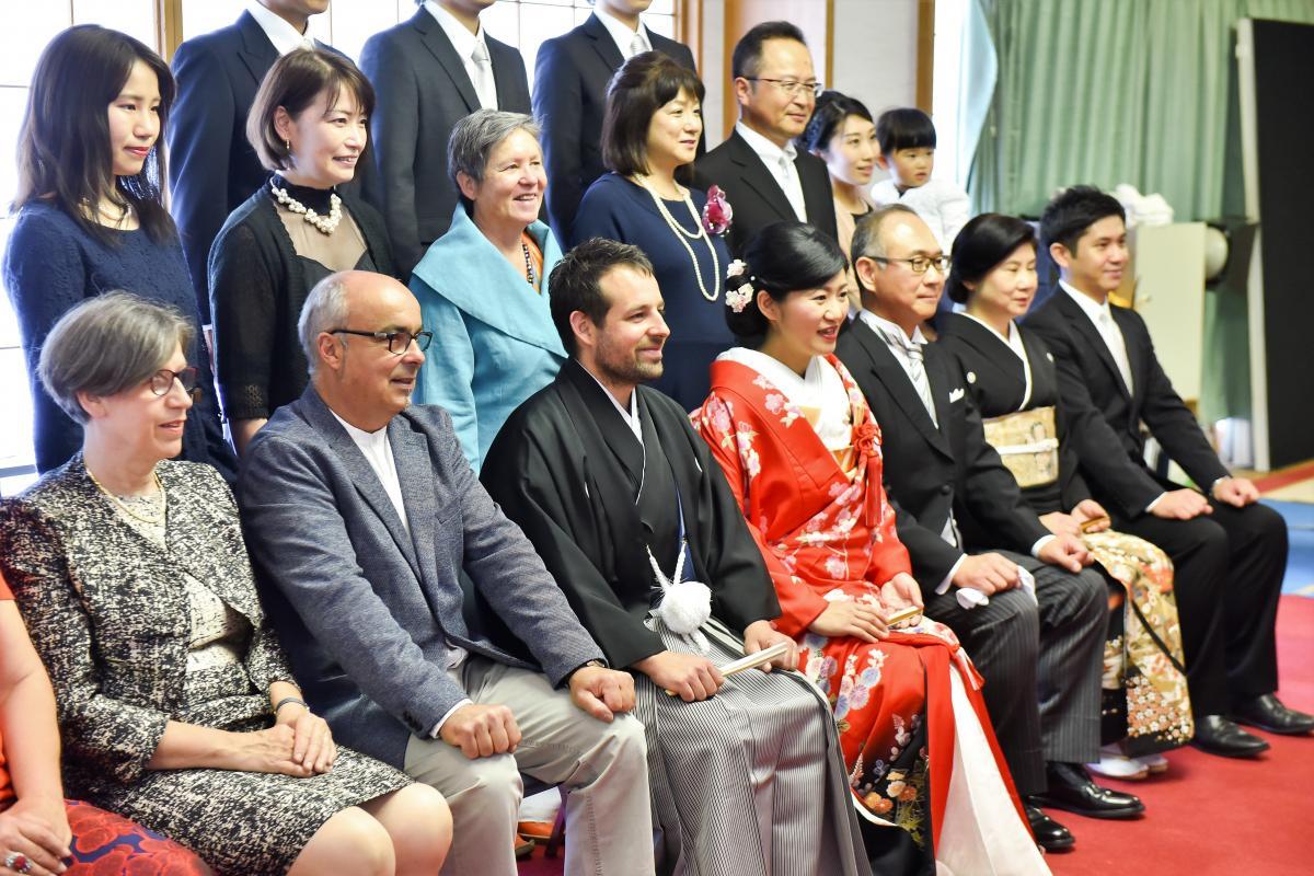【提携神社:湯島天満宮】挙式前に親族集合写真をお撮りいたします
