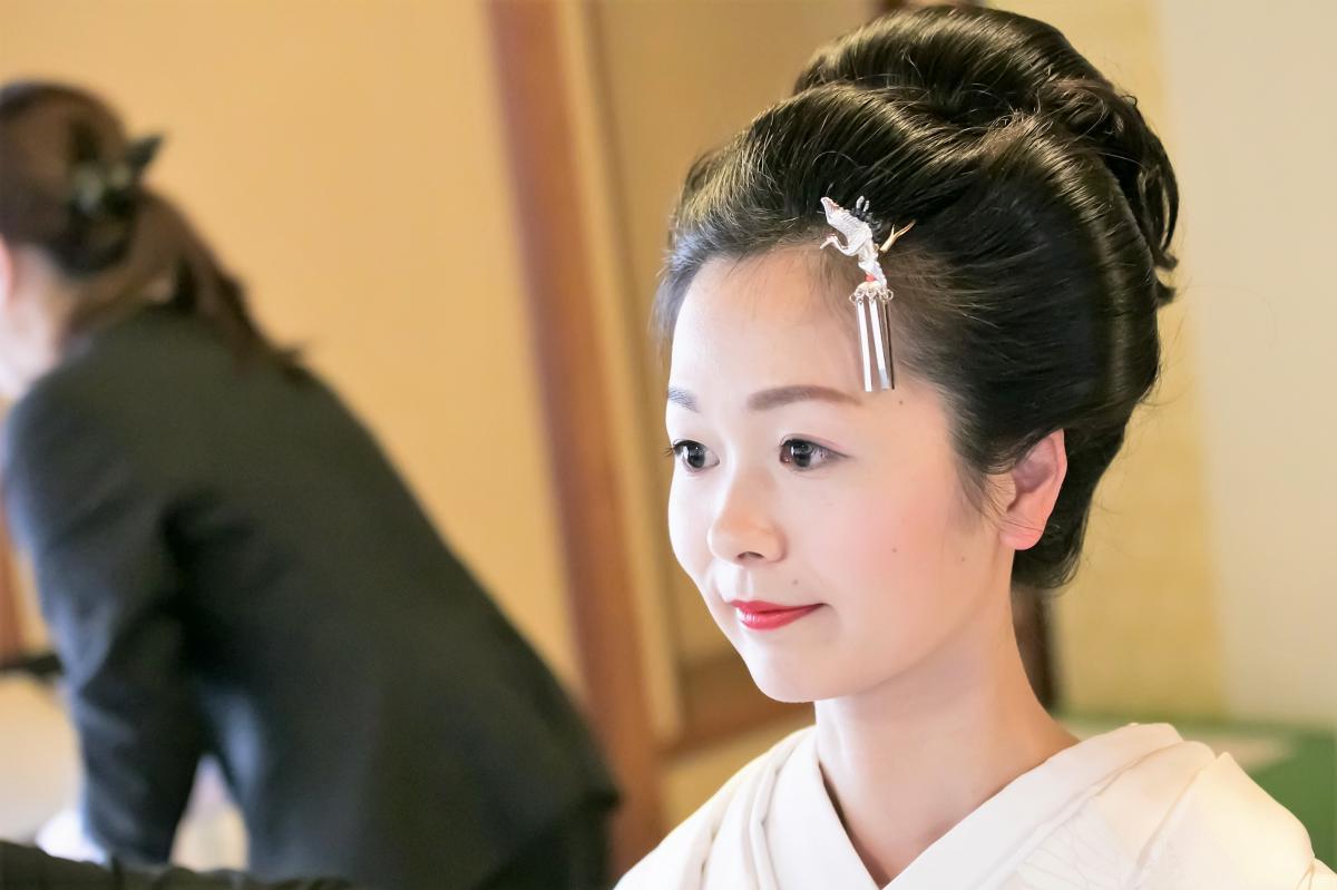 ご希望により新日本髪も承ります。かつらの用意もございますのでお気軽にご相談ください
