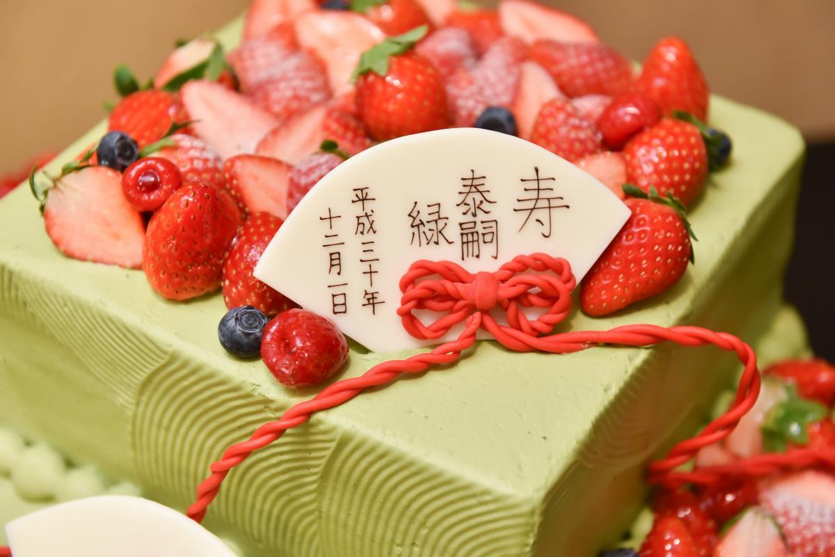 抹茶のウェディングケーキで和テイストに!